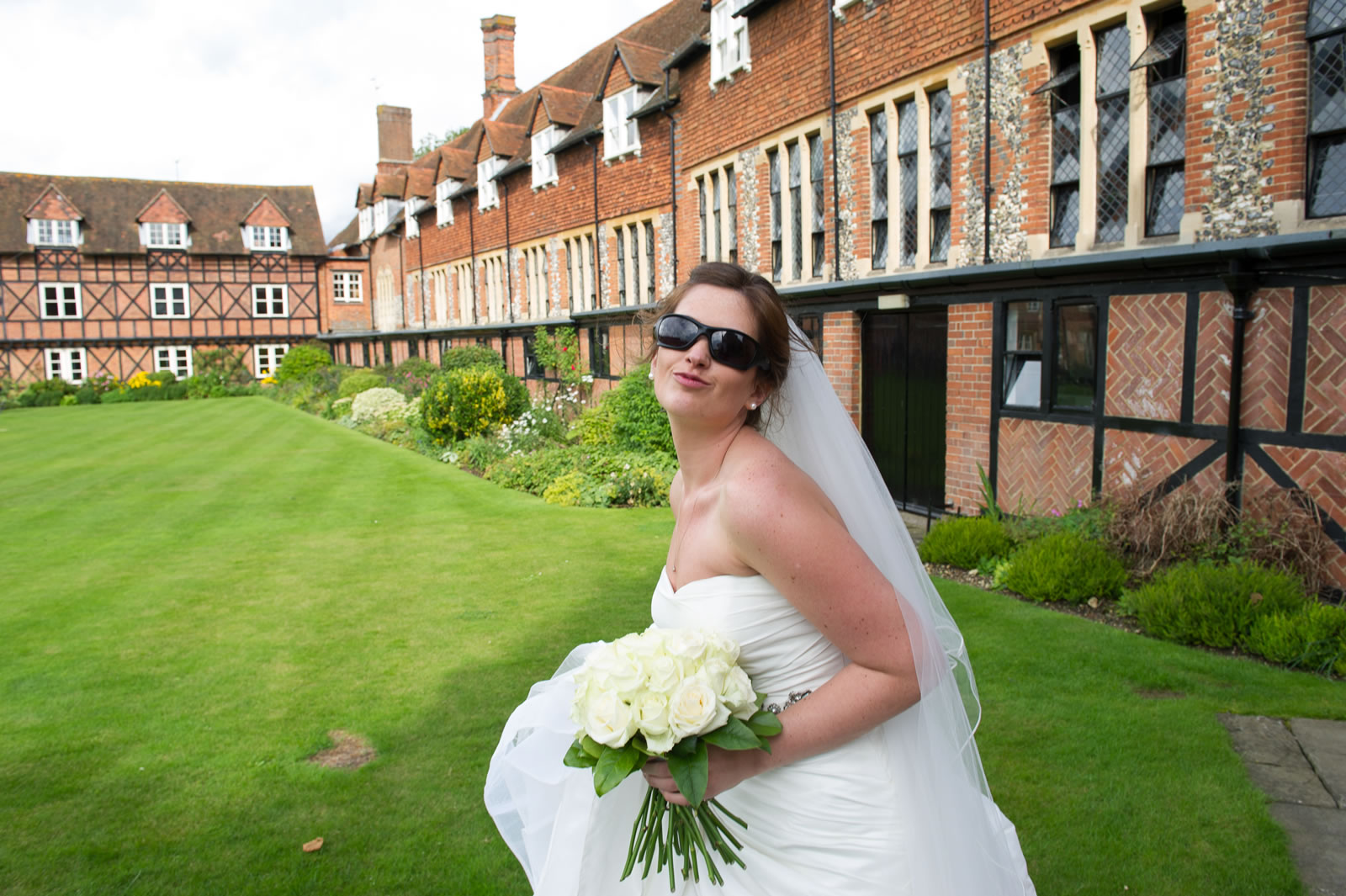 Wedding Hair Makeup For Brides Bridesmaids Mothers In Berkshire Surrey Surrounding